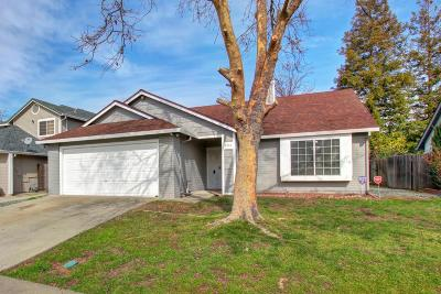 Sacramento Single Family Home For Sale: 8334 Calla Way