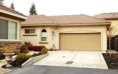 Sacramento County Single Family Home For Sale: 6113 Via Presidio