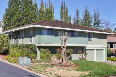 Sacramento County Single Family Home For Sale: 14983 Lago Drive