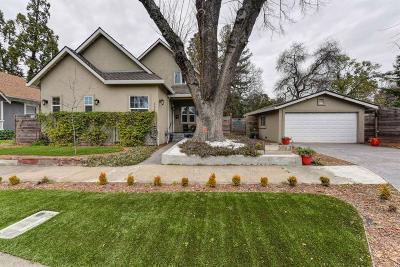 Sacramento Single Family Home For Sale: 3063 Donner Way