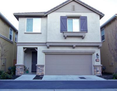Roseville CA Single Family Home For Sale: $435,000
