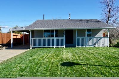 Sacramento County Single Family Home For Sale: 3922 May Street