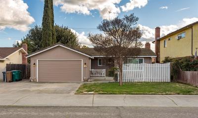 Lodi Single Family Home For Sale: 1142 Tamarack Drive