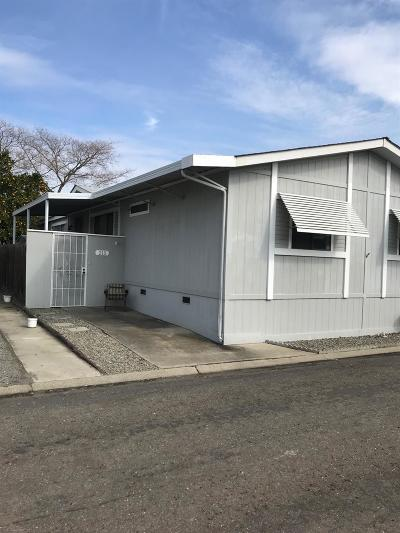 Stockton Mobile/Manufactured For Sale: 4900 North Highway 99 #215