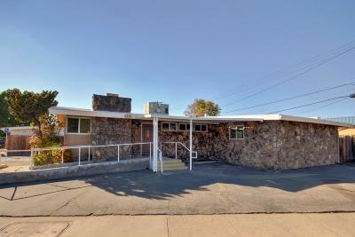 Sacramento County Single Family Home For Sale: 3829 Watt Avenue