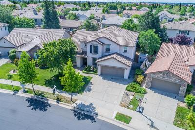 Roseville Single Family Home For Sale: 6549 Laurel Crest Circle