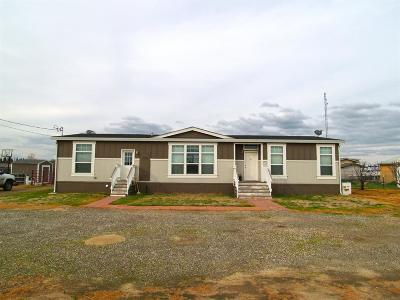 Hilmar Single Family Home For Sale: 19646 Bloss Ave.
