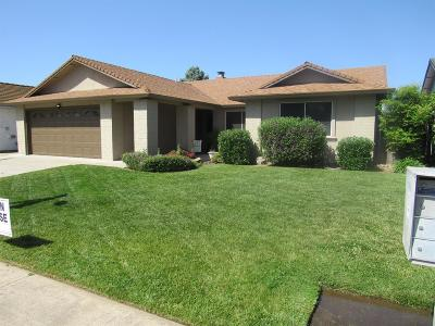 Lodi Single Family Home For Sale: 221 North Lower Sacramento Road