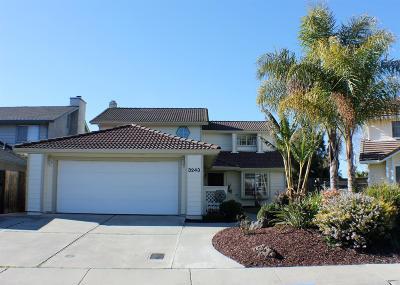 Stockton Single Family Home For Sale: 3243 Lakeshore Court