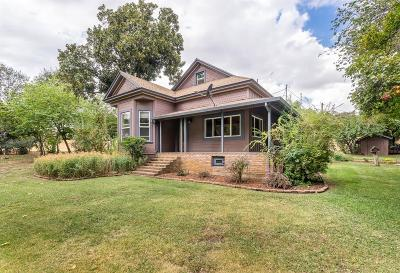 Jamestown Single Family Home For Sale: 14900 Twist Rd