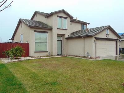 Livingston Single Family Home For Sale: 848 Cedar Lane