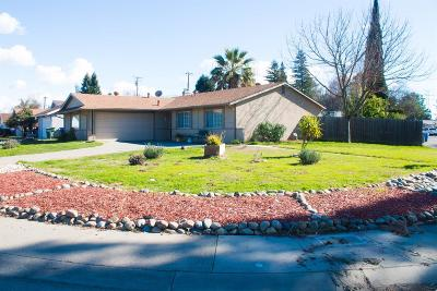 Single Family Home For Sale: 820 West El Camino Avenue