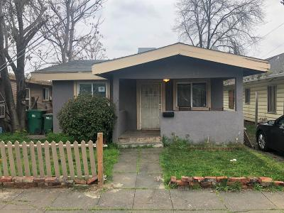 Stockton Single Family Home For Sale: 211 East Clay Street