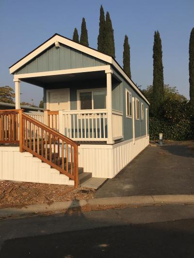 Sacramento Mobile/Manufactured For Sale: 7523 Hazelnut Lane