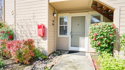 Rancho Cordova Condo For Sale: 11150 Trinity River Drive