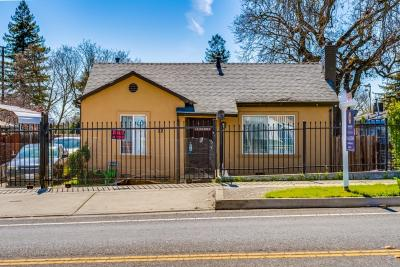 Sacramento Single Family Home For Sale: 12 El Camino Avenue