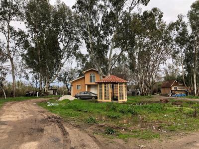 Rio Linda Single Family Home For Sale: 6148 2nd Street