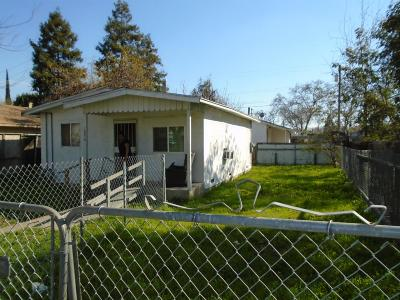 Modesto CA Multi Family Home For Sale: $225,000