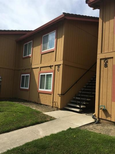 Manteca Condo For Sale: 473 Cherry Lane #C