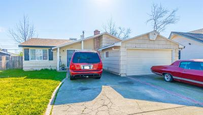 Sacramento Single Family Home For Sale: 3174 Northview Drive