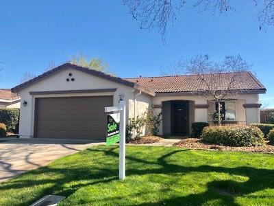 Sacramento County Single Family Home For Sale: 4425 Pittsfield Way