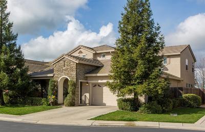 Elk Grove Single Family Home Contingent: 4624 Coppola Circle