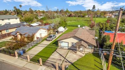 Sacramento Single Family Home For Sale: 411 Bowman Avenue
