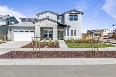 Lathrop Single Family Home For Sale: 1945 Outrigger Lane