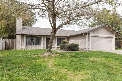 Sacramento Single Family Home For Sale: 7470 Windbridge Drive