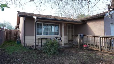 Sacramento Single Family Home For Sale: 142 Sconce Way