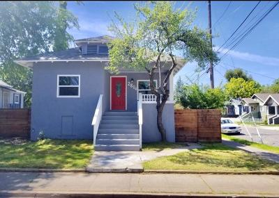 Sacramento Single Family Home For Sale: 2804 42nd St