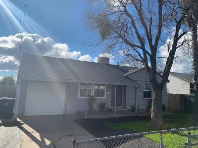 Sacramento County Multi Family Home For Sale: 1190 Helena Avenue