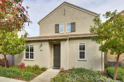 Orangevale Single Family Home Contingent: 6139 Passiflora