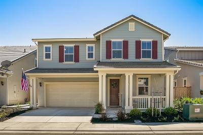 Lodi Single Family Home For Sale: 2530 Chardonnay Lane
