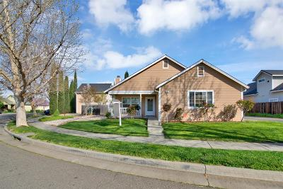 Winters Single Family Home For Sale: 601 Creekside Way