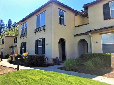 Elk Grove Condo For Sale: 8104 Crystal Walk Circle