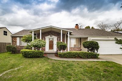 Sacramento Single Family Home For Sale: 2117 North Landon Lane