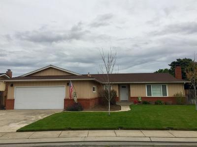 Escalon Single Family Home For Sale: 1676 David Drive