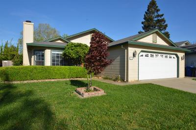 Galt Single Family Home For Sale: 696 Alice Rae Circle