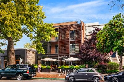 Sacramento County Condo For Sale: 1813 Capitol Avenue