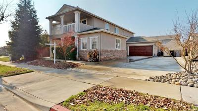 Oakdale Single Family Home For Sale: 2208 Mustang Dr