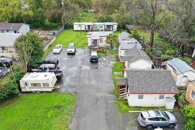 Yolo County Multi Family Home For Sale: 550 Maple Street