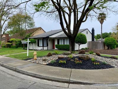 Stockton Single Family Home For Sale: 3311 Riverton Way