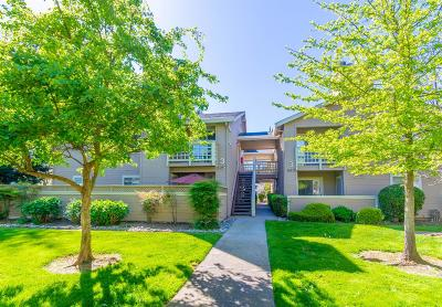 Rancho Cordova Condo For Sale: 11150 Trinity River Drive #26
