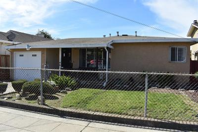 Union City Single Family Home For Sale: 33353 3rd Street
