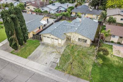 Stockton Single Family Home For Sale: 2130 Valmora Drive