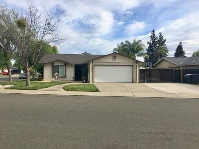 Modesto Single Family Home For Sale: 3421 Merrifield Avenue