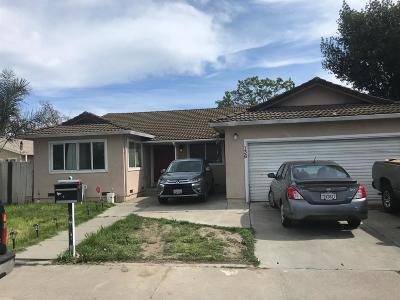 Stockton Single Family Home For Sale: 136 Delhi Avenue