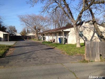 Sacramento Multi Family Home For Sale: 547 Lindsay Avenue #549