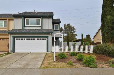 Livermore Single Family Home For Sale: 862 Bellflower Street